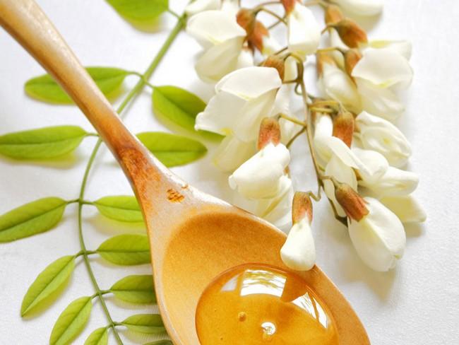 Застосування і лікування акацієвим медом